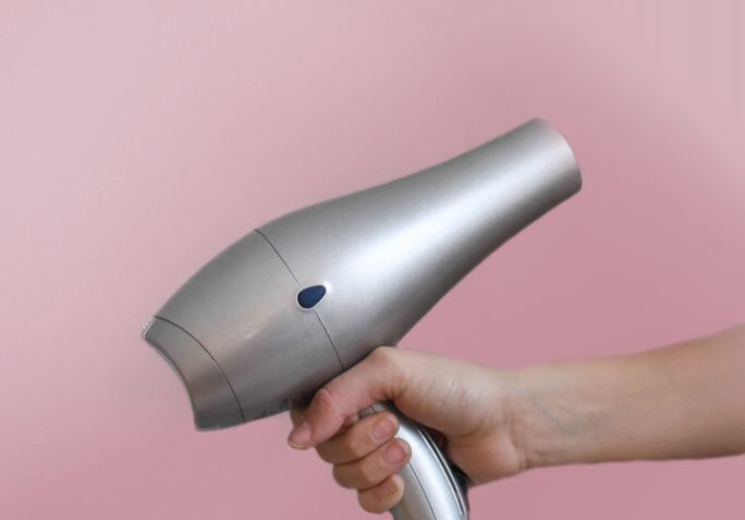 blow-dryer-cosmetic-hair-dryer-973406